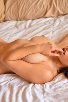 wpid-big-tits-in-the-bedroom3.jpg