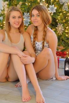 Mackenzie - Kinky Christmas