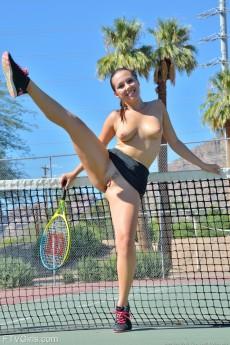 wpid-tennis-style11.jpg